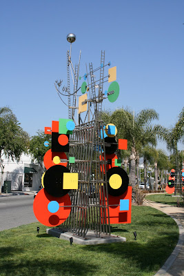Sculptures near Doheny Drive in West Hollywood
