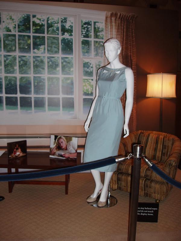 Kate Winslet 1950s dress from Revolutionary Road