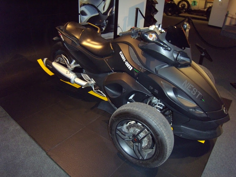 Can Am Spyder Roadster. Transformers 2 Can-Am Spyder