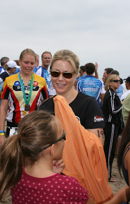 Celebrity Julie Bowen at Malibu Triathlon