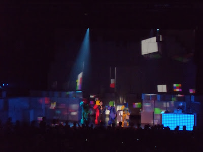 Pet Shop Boys on stage Sep 09
