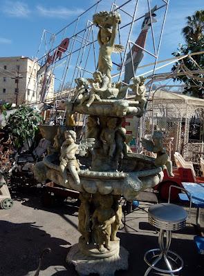 La Brea fountain of angels