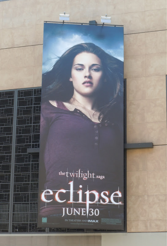 Twilight Eclipse Bella movie billboard