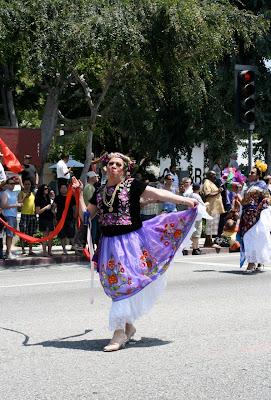 Bienestar dancer WEHO Pride 2010