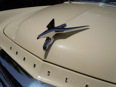 Chrysler 1956 New York St Regis detail