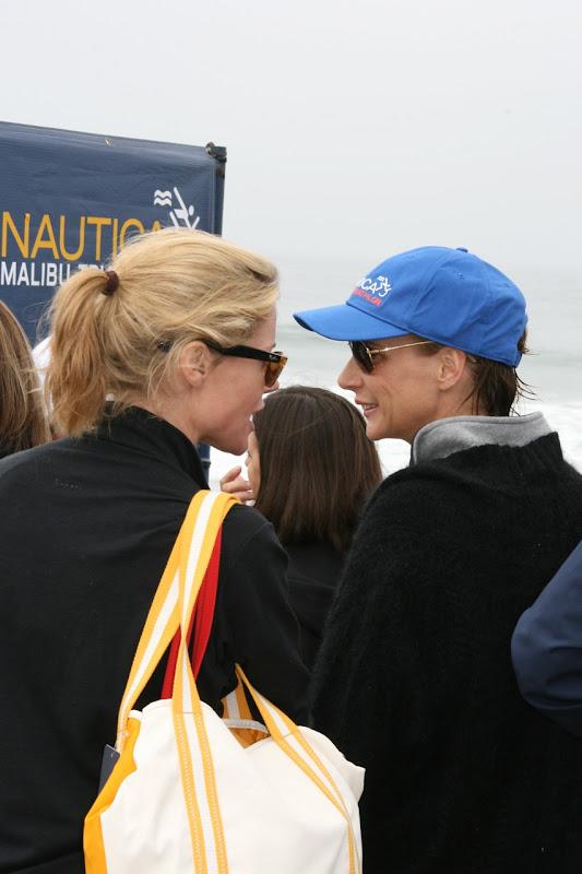Julie Bowen Rachel Griffiths Malibu