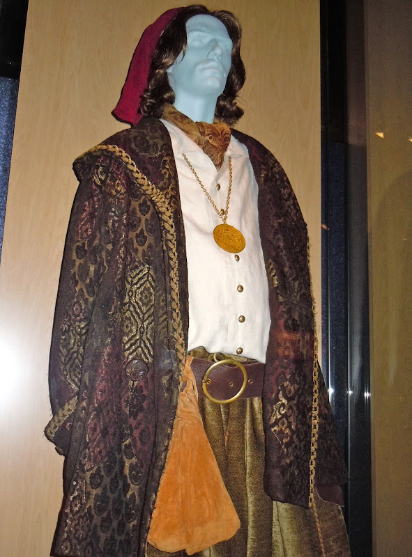 Nathaniel costume Enchanted
