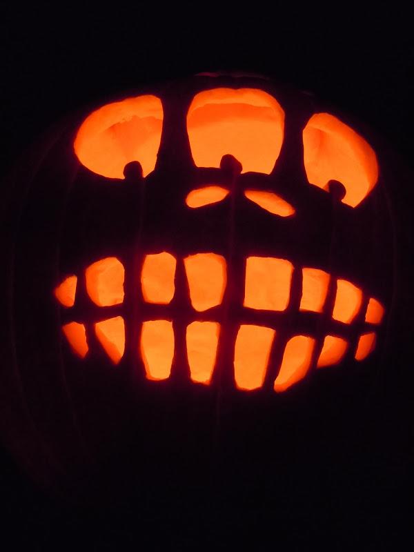 Halloween pumpkin lantern 2010