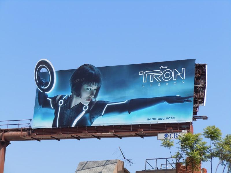 Olivia Wilde Tron Legacy Quorra billboard