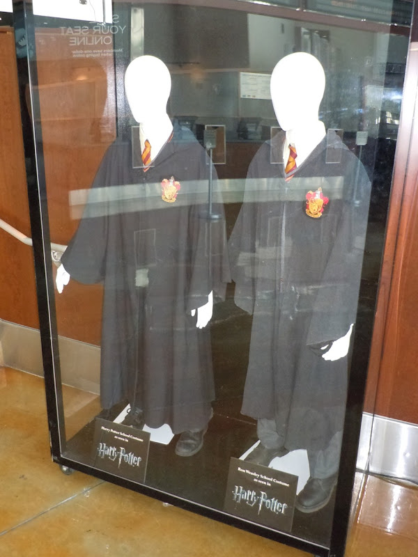 Harry Potter and Ron Weasley school robes