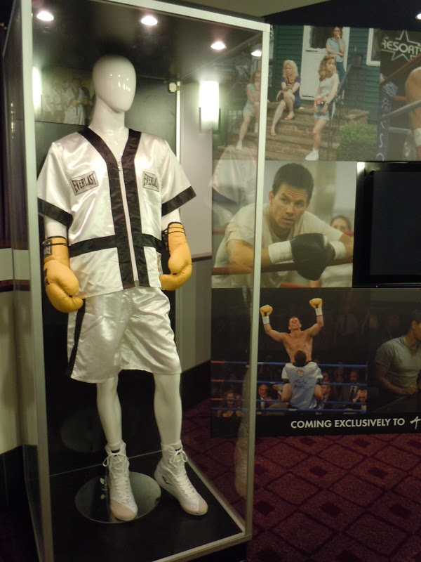Mark Wahlberg The Fighter movie costume
