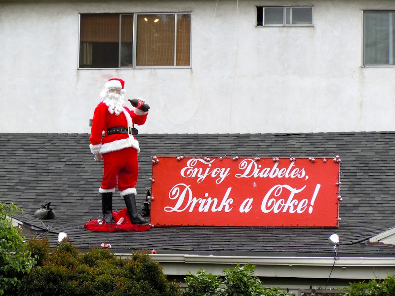 Coke Diabetes rooftop Santa