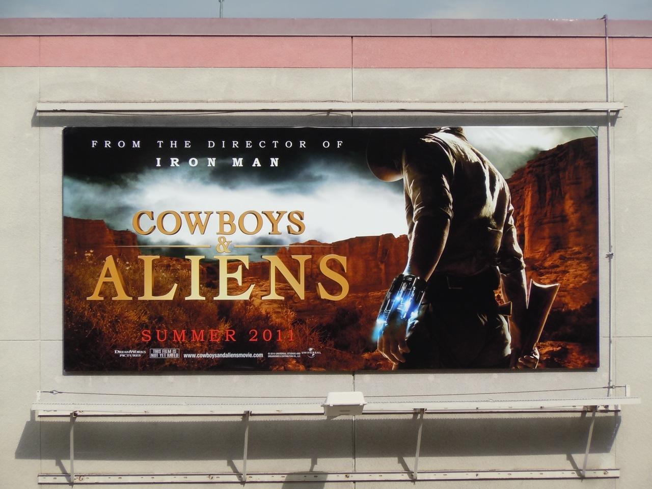 http://2.bp.blogspot.com/_GIchwvJ-aNk/TSecRSVHg_I/AAAAAAAAYSY/FC5JAndVnbk/s1600/cowboys%252Baliens%252Bmovie%252Bbillboard.jpg