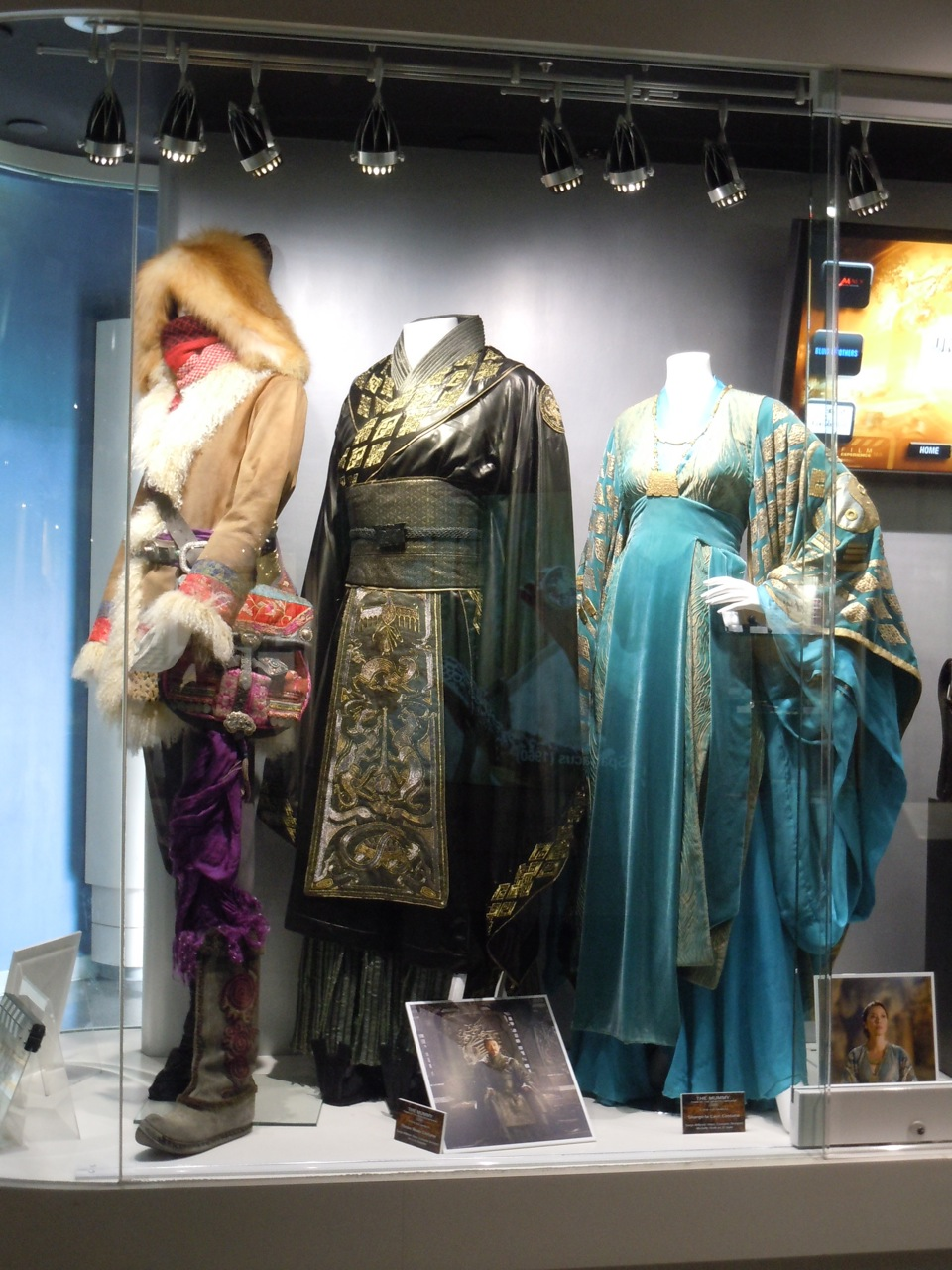 Hollywood Movie Costumes And Props Colourful Costumes