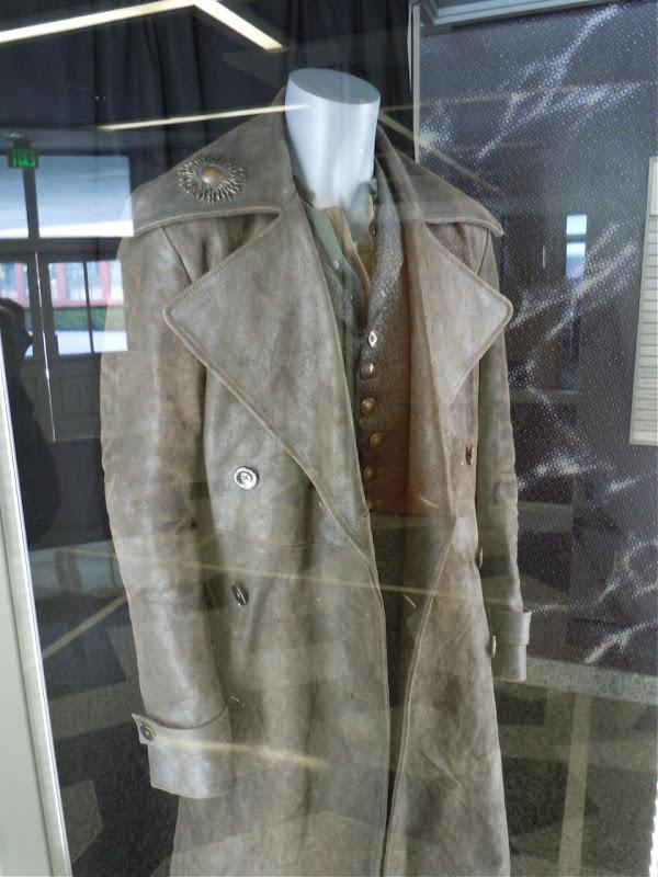 Nic Cage Balthazar Sorcerer's Apprentice coat