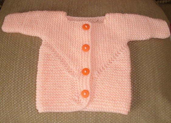 Lizs Knitting: Baby Surprise Jacket with extra long sleeves