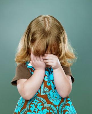 صور اطفال حزينة صور اطفال تبكي صور اطفال 2011