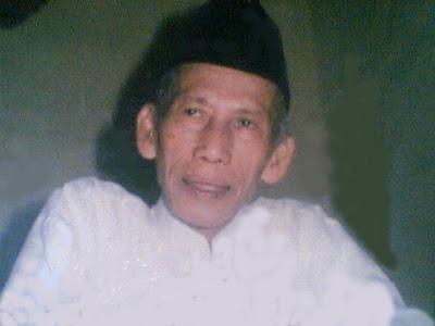 Muallif Sholawat Wahidiyah Ra