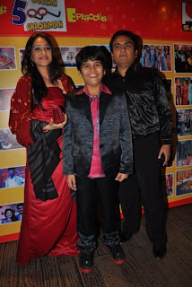 Disha Wakani Bhavya Gandhi  Dilip Joshi at 500 episodes celebration party of TMKOC