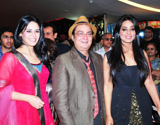 Mona Singh, Vinay Patthak and Mahie Gill
