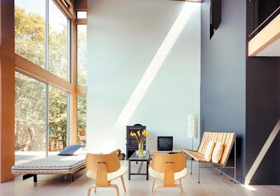 Modern summer house by Roger Hirsch Architect