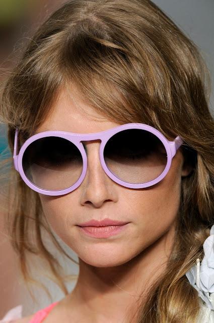 [oculos.jpg]