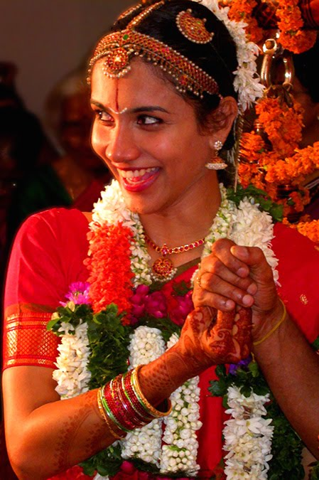 [south_indian_bride_hairstyle.jpg]