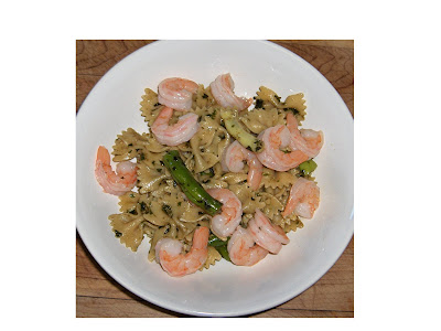 The Obsessive Chef: Bean and basil pesto pasta with prawns