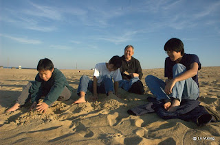 Nags Head Sand dunes, North Carolina, Thanksgiving 2008. - Now, who did that?