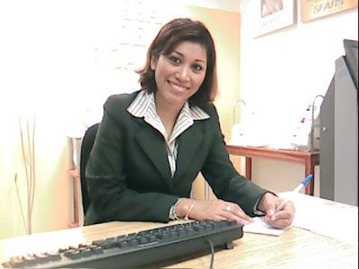 Fotos y Videos de sta oficinista La+licenciada+en+su+office