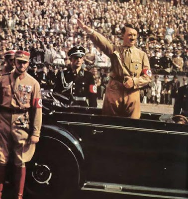 Hitler y sus guapos nazis