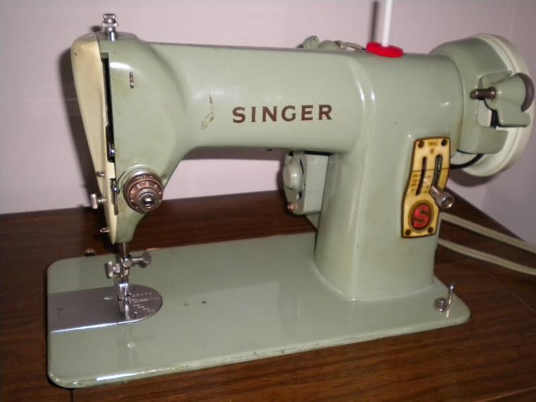 1961 Singer 185J
