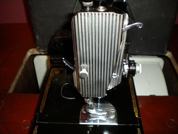 1952 Singer 221 Featherweight