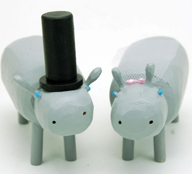 Bride and groom hippos