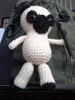 Free crochet amigurumi pug dog pattern