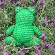 Free amigurumi crochet frog pattern