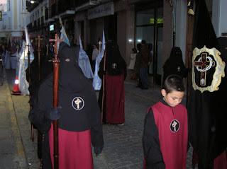 . Nazarenos de la cofradía. Foto: Pozoblanco News, las noticias y la actualidad de Pozoblanco * www.pozoblanconews.blogspot.com
