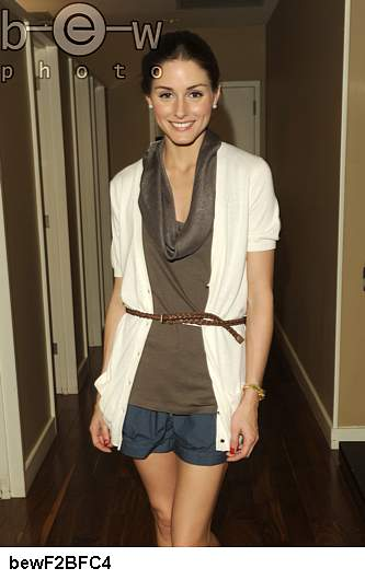 olivia palermo style. wallpaper olivia palermo style