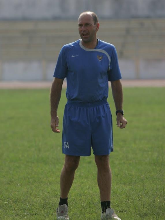 Gabriel Añon Indonesia U23 coach