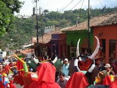 Diablos Danzantes de El Hatillo Grupo Apocalipsis. Lugar: Plaza La Cruz