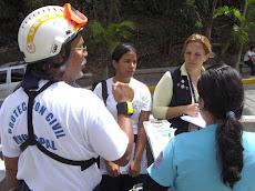 Proteccion Civil y RESCATEUNE de  la Universidad Nueva Esparta realizaron un SIMULACRO de desalojo