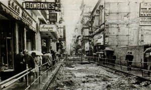 La calle Florida preparandola Peatonal en 1971
