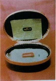 ... cincin pada awalnya rasulullah saw mengenakan cincin yang terbuat dari