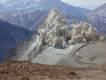 Minería. Voladura de montañas