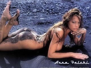 sexy Anna Falchi