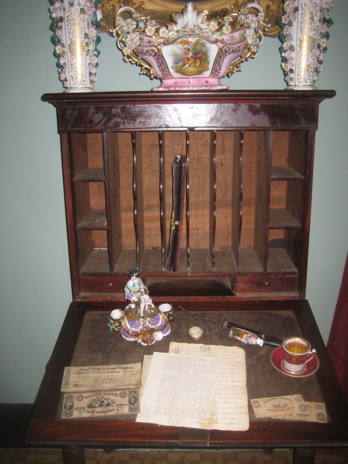 Open desk - Southern Folk Artist & Antiques Dealer/Collector: Mobile Alabama