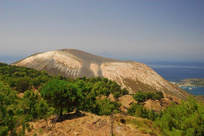 El volcán de la isla de Vulcano