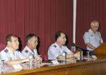 José María Pilón S.J fundó el grupo Hepta de parapsicología BASTIDA+durante+un+acto+en+la+Academia+del+Aire+%281%29