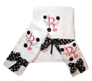 GIRL'S JOURNEY: Black And Pink Polka Dots Bathroom