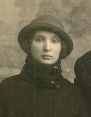 Двойник использованный на фото около 1895 года
